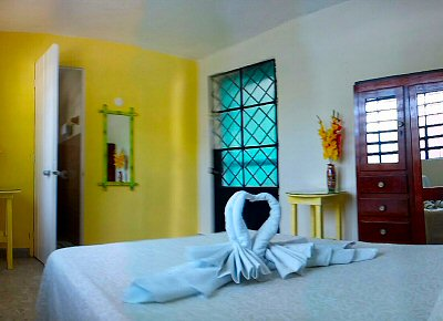 Casita Carolina Yellow Room